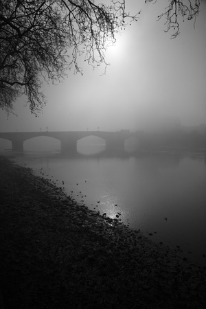 Putney Bridge fog
